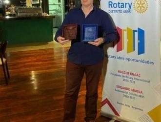 El periodista Sergio Solon recibió dos reconocimientos por parte del Rotary