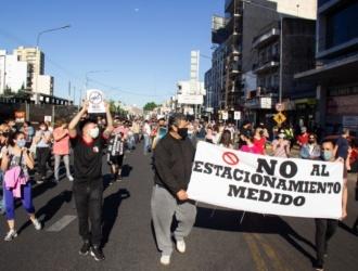 Vecinos de Ciudadela se movilizaron en contra del Estacionamiento Medido