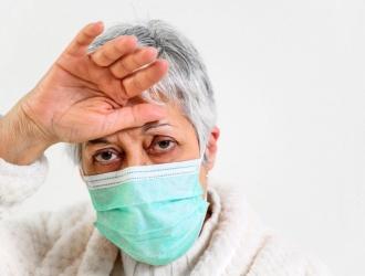 Covid-19: La OMS advirtió que hay dos nuevos síntomas